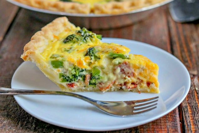 Quiche filled with bacon, broccoli and cheddar