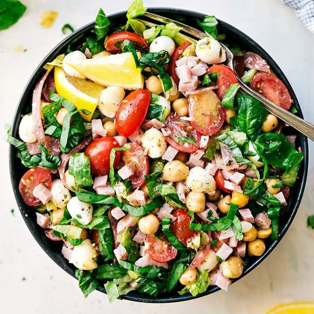 DELPRO Chopped Salad